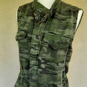 NWT Camo Vest Women's by Velvet Heart
